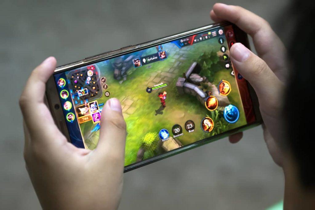 money making games on phone